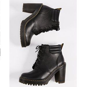 NWOT Dr. Martens Persephone Aunt Sally Boot